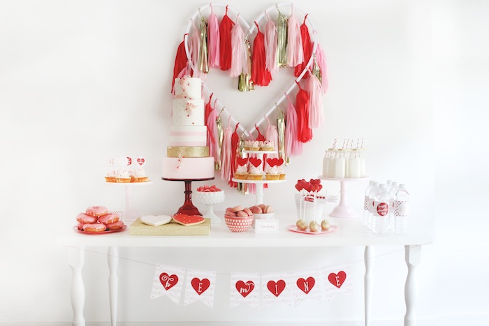 Be-Mine-Valentines-Day-Love-Party-via-Karas-Party-Ideas-KarasPartyIdeas.com-vday-loveparty-bemine-partyideas18